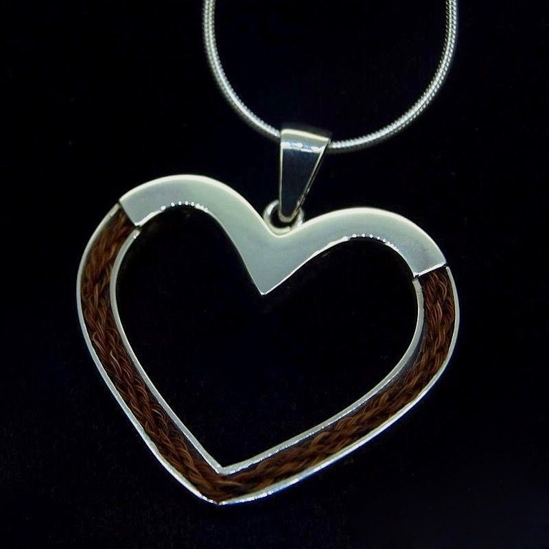 d6075e289202 Inlaid Forever Heart Necklace